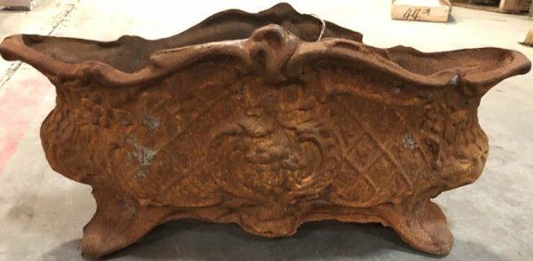 11022 Firenze Cast Pot Rust finish