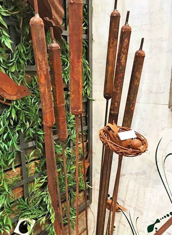 Bulrush Rusted Stake