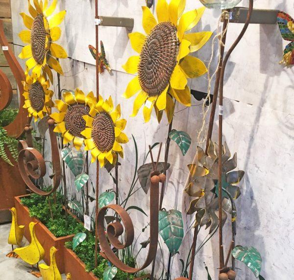 Metal Sunflowers Stakes